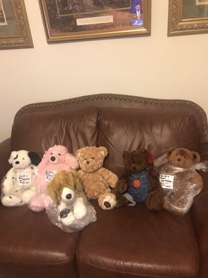 "$10 Valentine Stuffed Animals To Give For Valentine's Day. Choose Yours They Are All 13"" Tall When Sitting All are Build a Bear Workshop except t for Sale in Murfreesboro, TN"