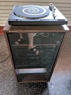 Pioneer PL210AZ Turntable, FM tuner, RX510 Receiver, Equalizer, tape deck for Sale in Chicago, IL