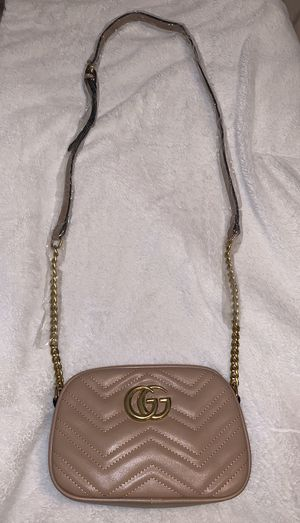 Crossbody for lady's for Sale in Los Angeles, CA