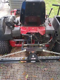 Tractor Para Estadio De Pelota for Sale in Miami,  FL