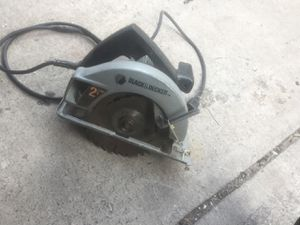 Black and decker saw with blade for Sale in Colorado Springs, CO