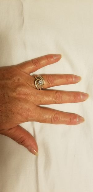 Wedding Ring. 14 Karats gold & diamonds. Size 9. JCPENNEY coverage lifetime plan included for Sale in Cape Coral, FL