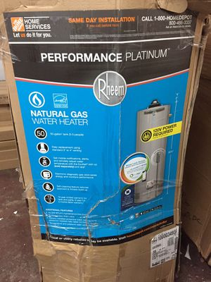 Rheem perfomance platinum 50 Gal. Short 12 year 40,000 BTU Natural Gas ENERGY STAR Tank water heater for Sale in Houston, TX