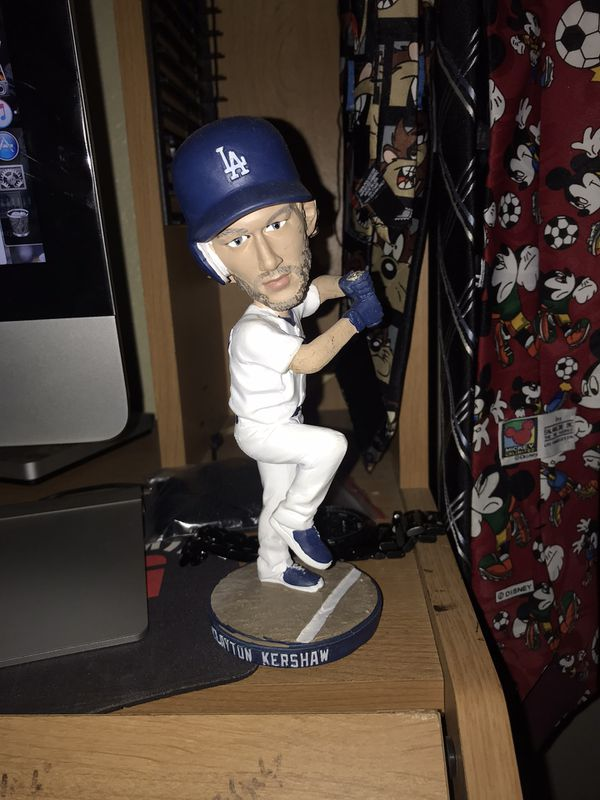 Clayton Kershaw Bubblehead No box , Bat.