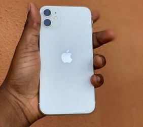 iPhone 11 for Sale in Burkeville,  VA