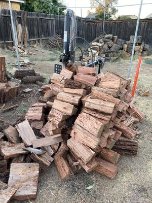 Dry firewood for sale in Moreno Valley for Sale in Perris, CA