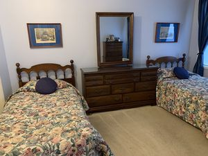 Cherry wood Bedroom set . for Sale in Sammamish, WA