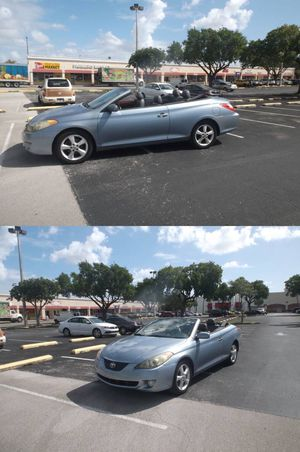 2006 Toyota Camry Solara convertible . Low 86000 ml!! for Sale in Hollywood, FL
