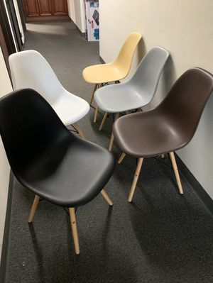 """NEW $25 each Mid Century Modern Eames Style dining leisure DSW 18 wide x 31 inches tall seat height 17"""" chair 5 colors beige white black grey or brow for Sale in Covina, CA"""