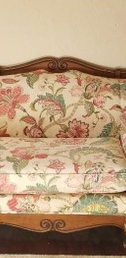 Vintage Sofa/ Couch for Sale in Wildomar,  CA