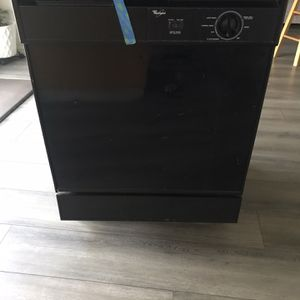 Free Free Whirlpool Dishwasher for Sale in Vancouver, WA