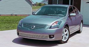 Family Vehicle 2007 Nissan Altima SL 2WDWheels for Sale in Denver, CO
