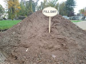 Free fill dirt with free delivery near Concord for Sale in Concord, CA