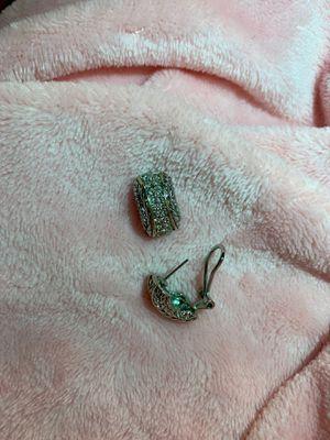 Classy diamond earrings for Sale in Santa Monica, CA