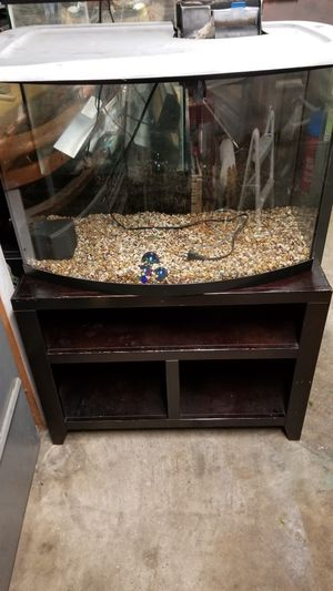 38 gallon bow front tank for Sale in Joint Base Lewis-McChord, WA
