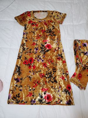 House Clothes / Pajamas / Suit (Size Medium) for Sale in Philadelphia, PA