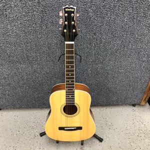 Mitchell MDJ-10 6 String Junior Dreadnought Acoustic Guitar with Gig Bag 10012148-1 for Sale in Tampa, FL