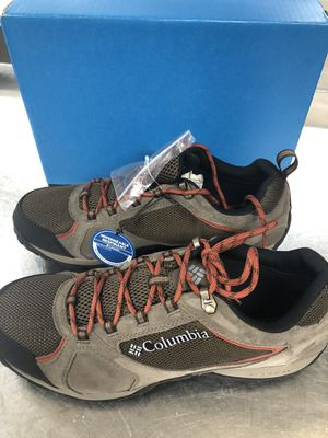 COLUMBIA WATERPROOF WINTER CHOES SIZE-9and 12 MENS for Sale in Laurel, MD