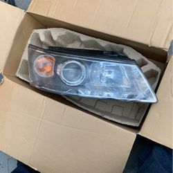 Headlight For 2006 Sonata for Sale in Long Beach,  CA