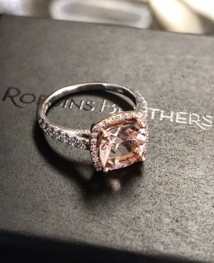 Robbins Brothers Size 7 Diamond Engagement Ring & Diamond Wedding Band for Sale in Chandler, AZ