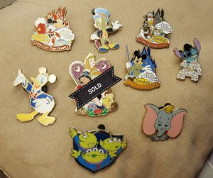 Disney trading pins for Sale in Fresno, CA