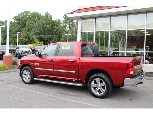 2015 RAM 1500 4WD SLT BIG HORN CREW CAB LOADED !!