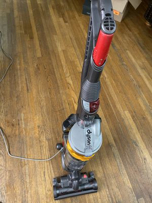 Dyson DC18 Slim Vacuum for Sale in Westchester, CA