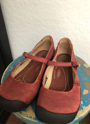 New women's Keen leather shoes - size 9. Super comfortable for Sale in AZ, US