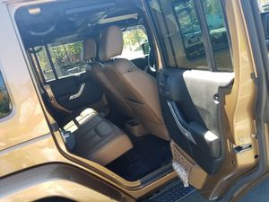 Jeep wrangler Unlimited for Sale in Meriden, CT