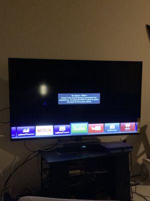 VizioTV 70inch smart tv with remote for Sale in Tampa, FL