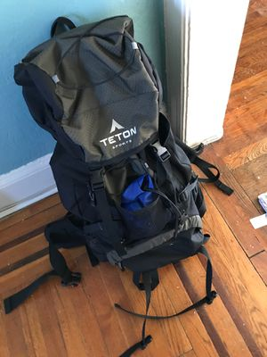 Teton sport camper bag for Sale in Jersey City, NJ