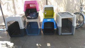 Tengo estás 6 transportadoras nuevas están completas no están raspadas está 💯% nuevas en buenas condici1s pido 250 por las 6 for Sale in Riverside, CA