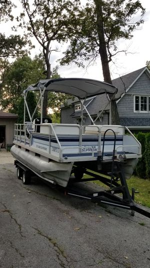 1989 Sylvan Supreme 20ft Pontoon Boat and Trailer for Sale in Saint John, IN