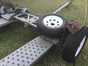 Tow dolly kar kady Demco With wireless lights new tires for Sale in Miami, FL