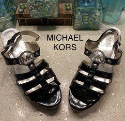 Michael Kors Sandals for Sale in Henderson,  NV