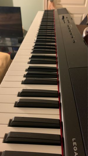88 key keyboard for Sale in Hyattsville, MD