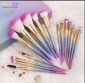 DOCOLOR MAKEUP BRUSHES for Sale in Seat Pleasant, MD