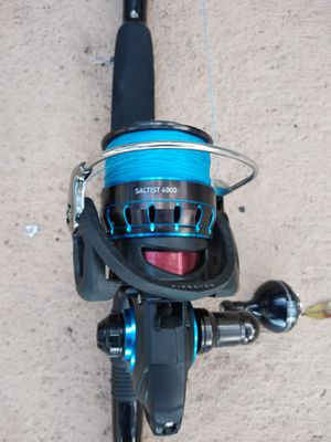Daiwa saltist 4000...8 foot custom k guide rod for Sale in Pembroke Pines, FL