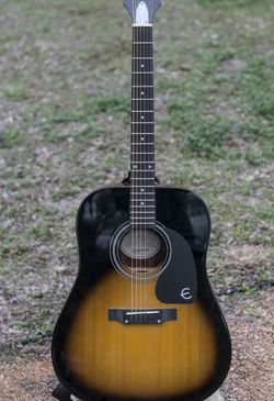 Epiphone PRO-1 Vintage Sunburst(with case and Stand) for Sale in Austin,  TX