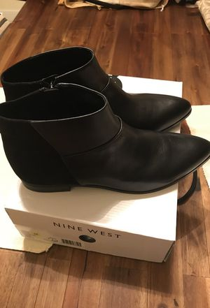 New Leather Black Nine West 10 1/2 for Sale in West Palm Beach, FL