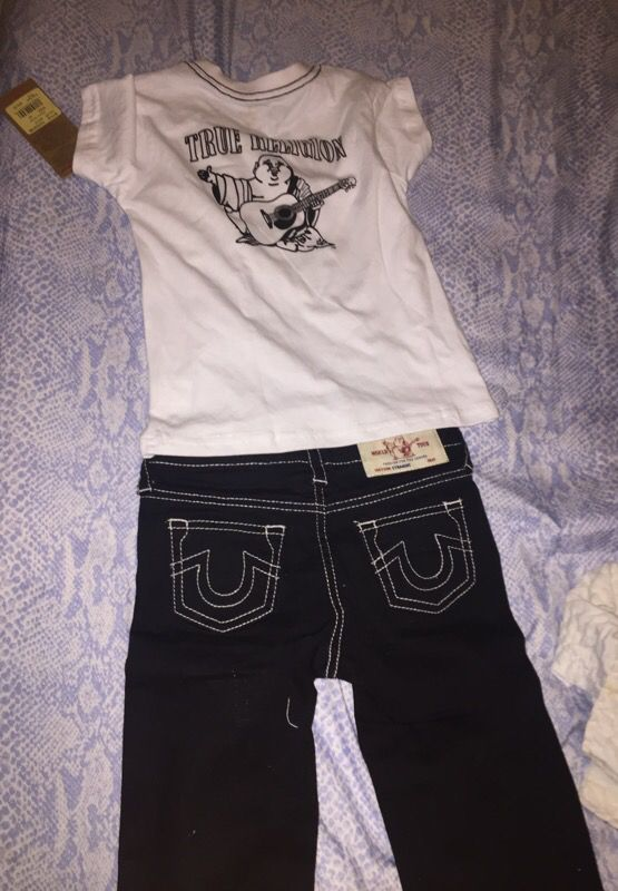 TRUE RELIGION OUTFIT 4T