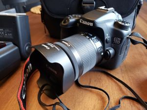 Canon EOS 70D for Sale in Portland, OR