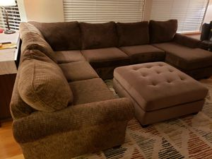 Stanton Sectional for Sale in Tacoma, WA