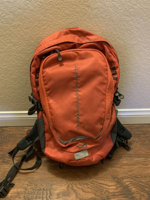 Alps Mountaineering Hydro Trail 17 Backpack for Sale in Riverside, CA