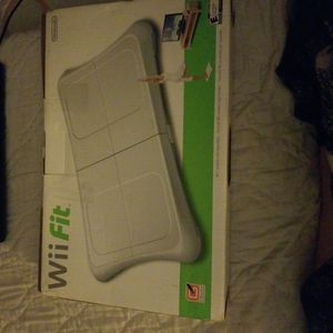 Wii Fit Game And Balancing Board for Sale in Rancho Mirage, CA