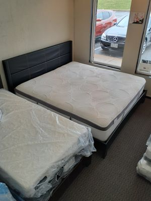 King Size Mattress Set & Bed Frame for Sale in St. Louis, MO