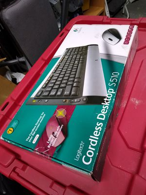 Logitech keyboard and mouse wireless for Sale in Addison, IL