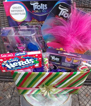 Trolls gift bundle......$18 for Sale in Houston, TX