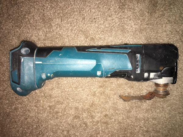 MAKITA 18V Lithium-Ion Cordless Variable Speed Oscillating Multi-Tool (Tool-only)