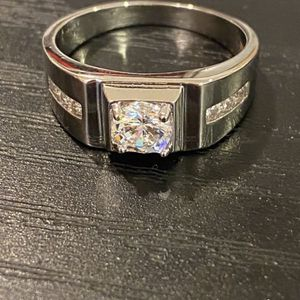 Stamped 925 Sterling Silver UNISEX RING- Code TK500 for Sale in Princeton, NJ